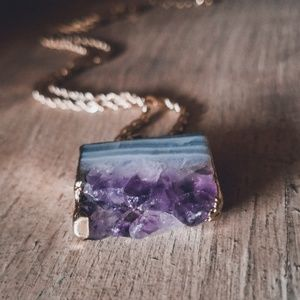"Uniquely Handcrafted Jewelry - ""Aural Ambiance""🌙Amethyst Geode Slice Necklace"